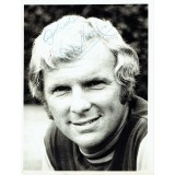 Bobby Moore Signed 6x8 Inch West Ham United Photograph
