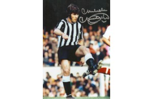 Malcolm Macdonald 12x8 Signed Photograph