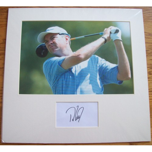 Davis Love III Mounted Cut Signature With Photograph