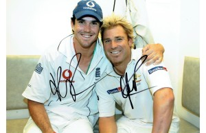 Kevin Pietersen & Shane Warne Signed 2005 Ashes 12x8 Photograph